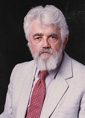 写真・図版 : ジョン・マッカーシー米国スタンフォード大学名誉教授(スタンフォード大学=Stanford University News Service archives=提供)