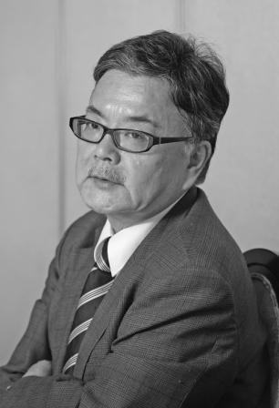 写真・図版 : 毎日新聞論説副委員長 与良正男