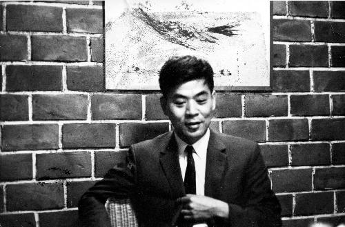 写真・図版 : 1968年当時の吉本隆明さん