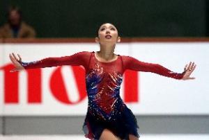 女子フリーで演技する安藤美姫