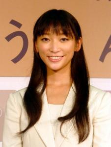 「ごちそうさん」のヒロインとして発表されたときの杏ちゃん=2012年、11月12日、大阪市中央区
