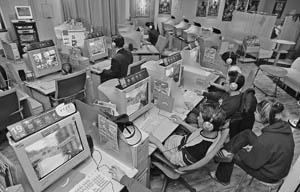 写真・図版 : インターネットの登場が、脳の機能に影響を与えている