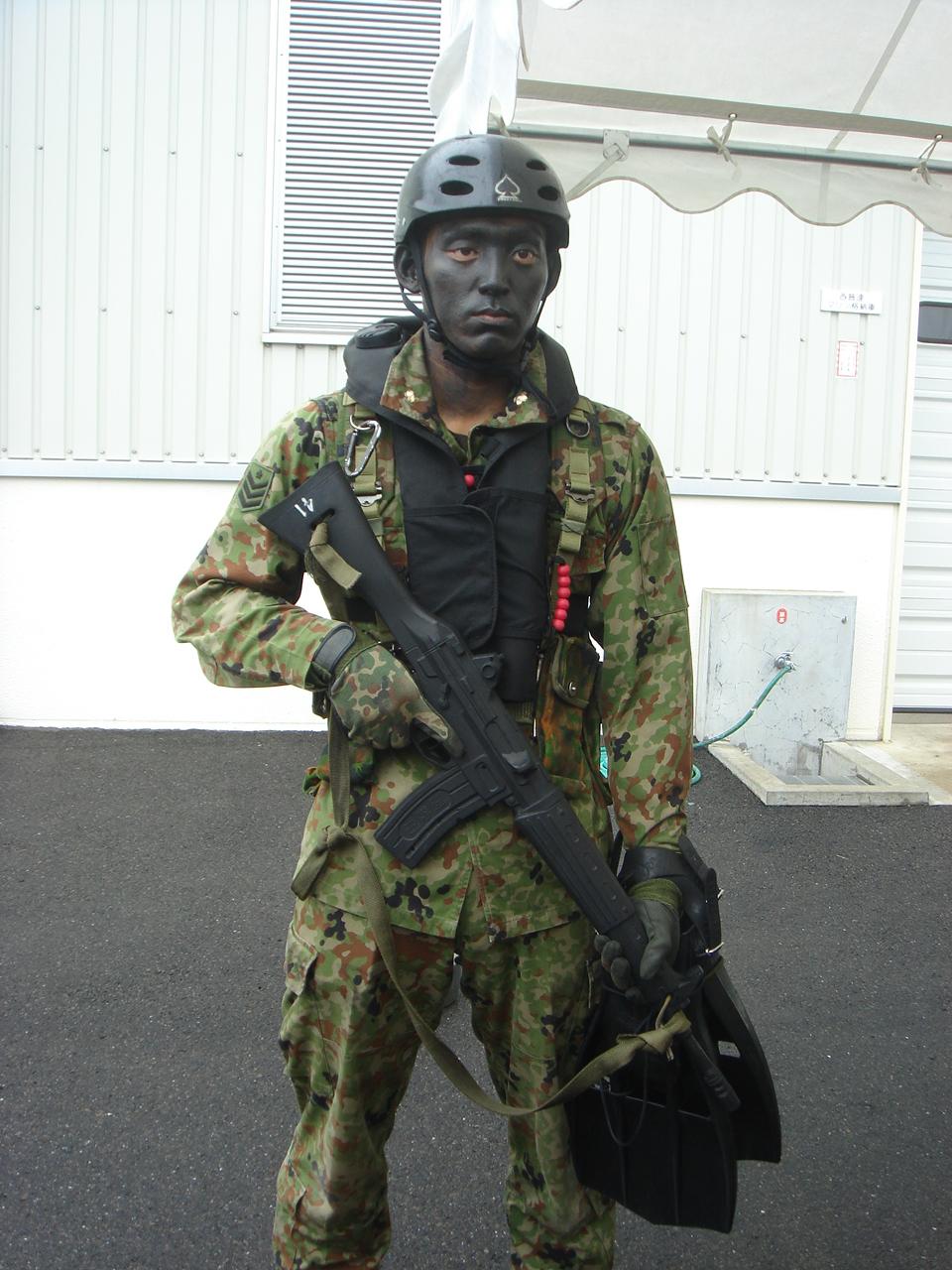 海上作戦時の西普連の隊員