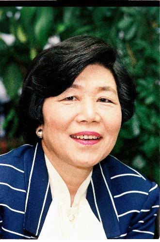 写真・図版 : 土井たか子さん=1992年