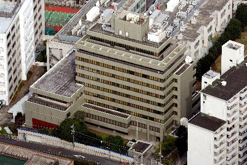 売却先が確定した朝鮮総連中央本部のビル=東京都千代田区