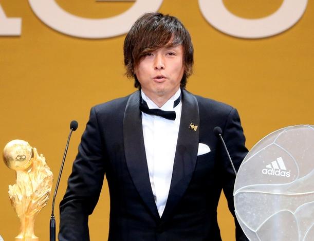 サッカーJリーグ年間表彰式で初のMVPに選ばれたガンバ大阪の遠藤=12月9日、横浜アリーナ
