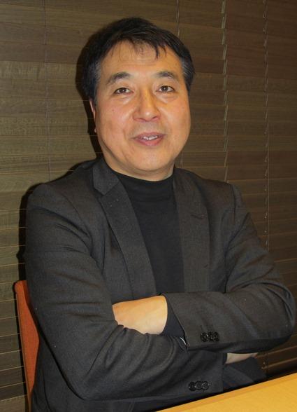 写真・図版 : エネルギーデモクラシー開設の目的を語る飯田哲也・ISEP所長