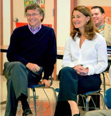 写真・図版 : ビル・ゲイツ氏とメリンダ夫人(ビル&メリンダ・ゲイツ財団のHPより)