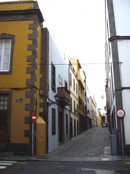 ラス・パルマス市の街角は中世そのものだ