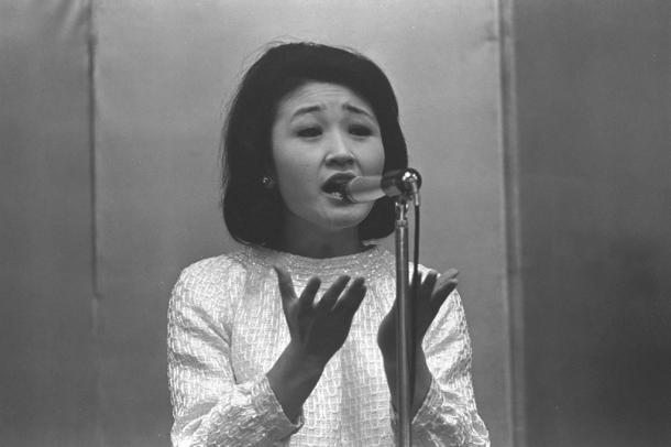 加藤登紀子さん (1967年