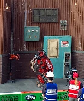 写真・図版 : 写真8、Tartan RescueのCHIMP