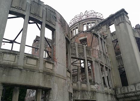 写真・図版 : 原爆ドーム