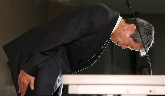 写真・図版:日本にはびこる傲慢症候群