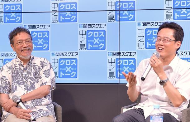 白井聡さん(右)と池澤夏樹さん=7日、大阪市北区