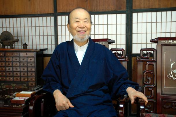 薩摩焼宗家、14代沈寿官さん=2010年4月