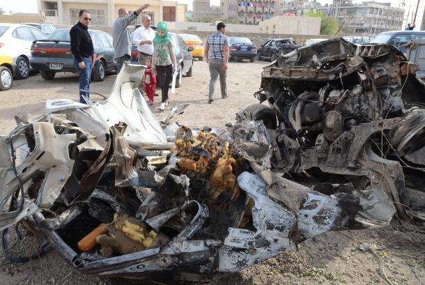 写真・図版 : バグダッド市内各所では2013年3月19日、爆弾テロ事件が相次いだ。