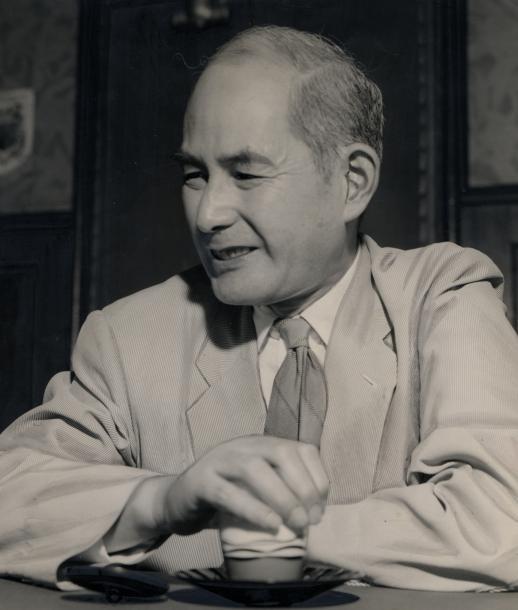写真・図版 : 東京大学総長の矢内原忠雄さん