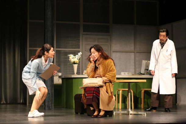 写真・図版 : 「ラスト・イン・ラプソディ」  右から可知靖之、瑞木和加子、野上綾花=撮影・宮川舞子