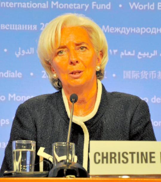 写真・図版 : 国際通貨基金(IMF)専務理事のクリスティーヌ・ラガルド氏