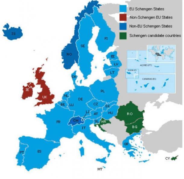 シェンゲン圏(水色がEU加盟国でシェンゲン参加、赤がEU加盟国だがシェンゲン不参加、青が非EU加盟国でシェンゲン参加、緑がシェンゲン参加候補)欧州委員会サイトより