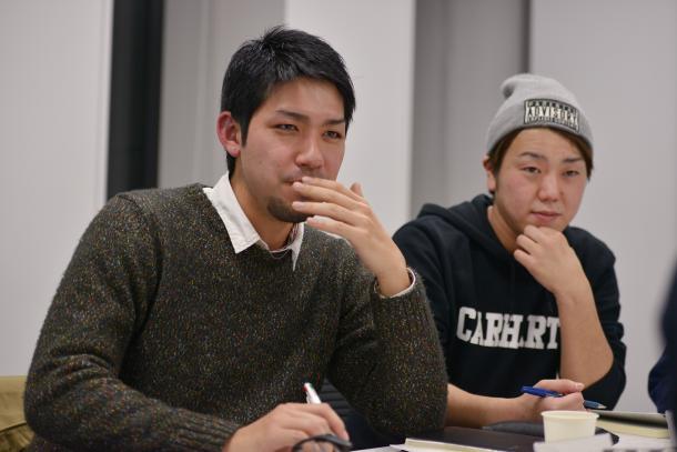 写真・図版 : 元山仁士郎さん(左)と千葉泰真さん