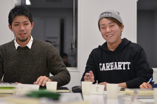 元山仁士郎さん(左)と千葉泰真さん