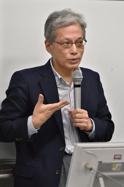 山口二郎教授