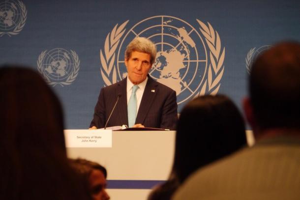 スイスで開かれたシリア国際和平会議「ジュネーブ2」で記者会見するケリー米国務長官=2014年1月