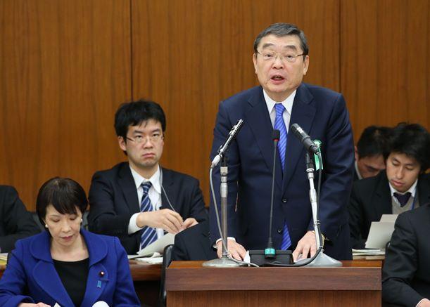 衆院総務委員会でNHK予算案を説明する籾井 勝人会長=2016年3月24日