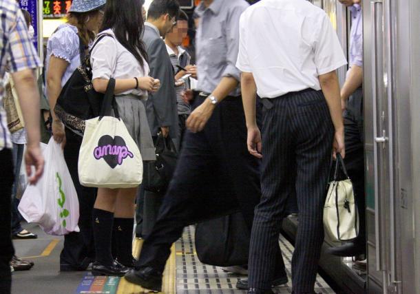 JR新宿駅の埼京線ホーム