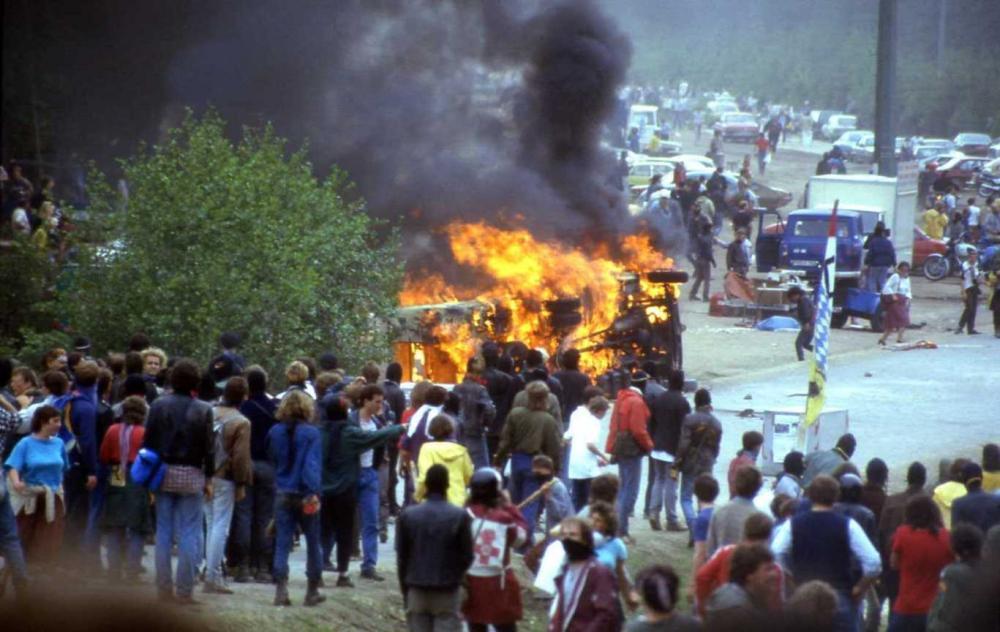 ドイツ南部バッカースドルフでの再処理工場反対デモ=1986年ごろ、提供写真