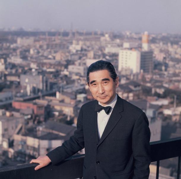 写真・図版 : 丹下健三=1964年