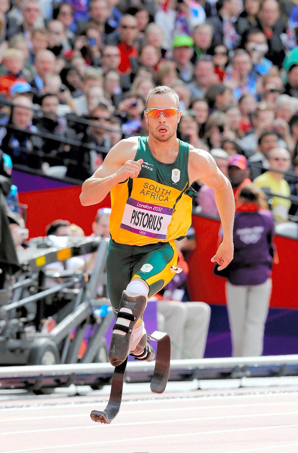 写真・図版 : 2012年夏のロンドン・オリンピック予選に出場したオスカー・ピストリウス選手=矢木隆晴撮影