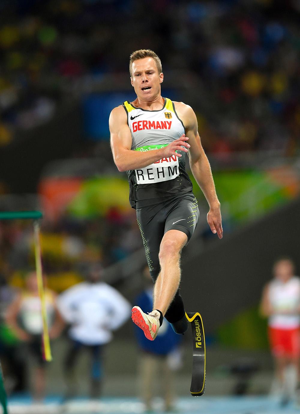 写真・図版 : パラリンピック記録を更新して優勝したマルクス・レーム選手=井手さゆり撮影