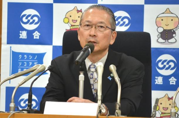 写真・図版 : 政権との協調姿勢をとる連合の神津里季生会長
