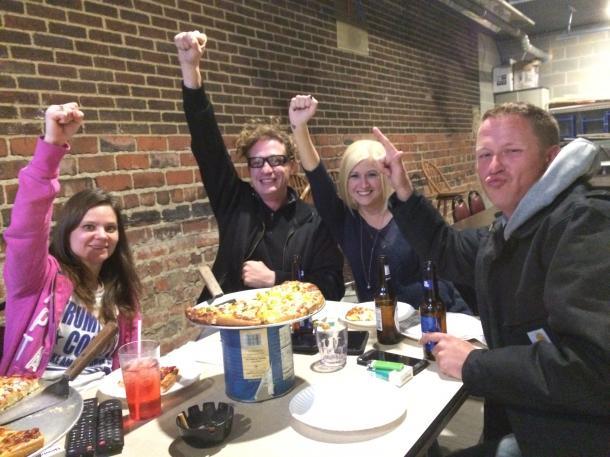 「トランプ大統領」の誕生を祝う支持者たち=米オハイオ州