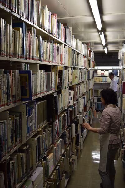 [7] 基幹化する非正規図書館員