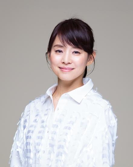 TBSのドラマ「逃げるは恥だが役に立つ」に出演している石田ゆり子=2016年3月