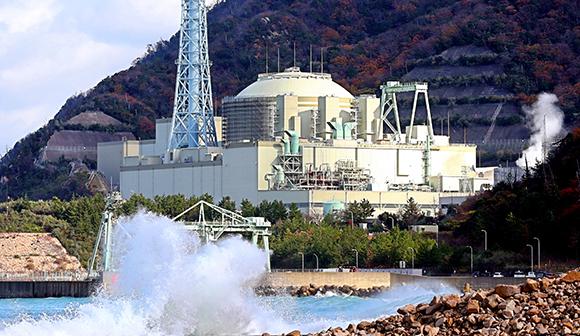 写真・図版:無謀と矛盾に満ちた高速炉開発