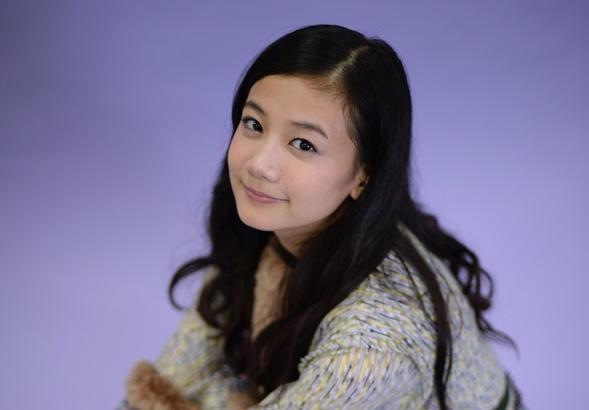 宗教団体「幸福の科学」への出家を表明した女優の清水富美加さん=2015年11月14日、大阪市北区