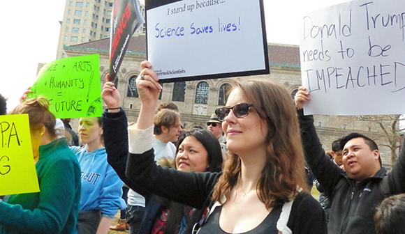 「科学者は黙っていろ」というトランプ政権