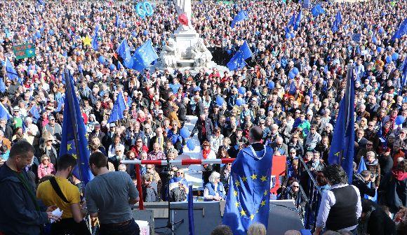 ドイツの選挙が欧州の運命を左右する