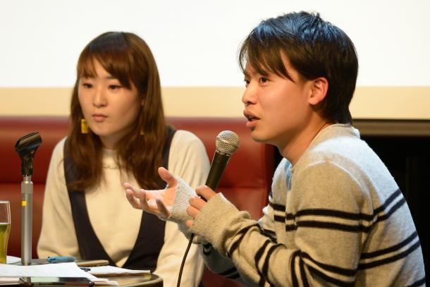 写真・図版 : 栗原耕平さん(右)と藤川里恵さん