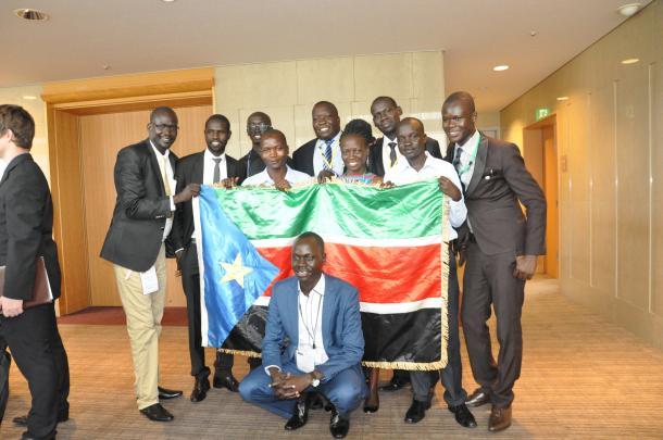 来日した南スーダンの研修生たち=2016年9月7日、東京都内で開かれた歓迎式典で、竹内撮影