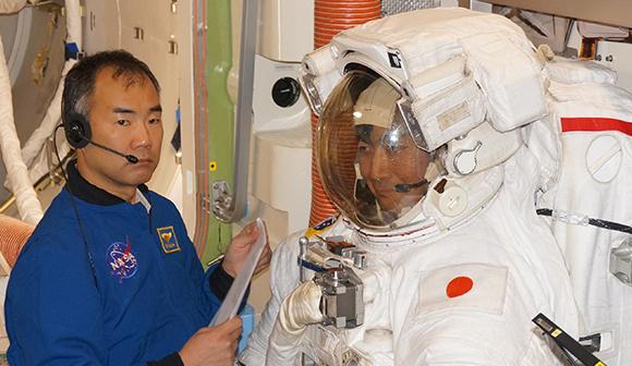 宇宙飛行士ただいま訓練中