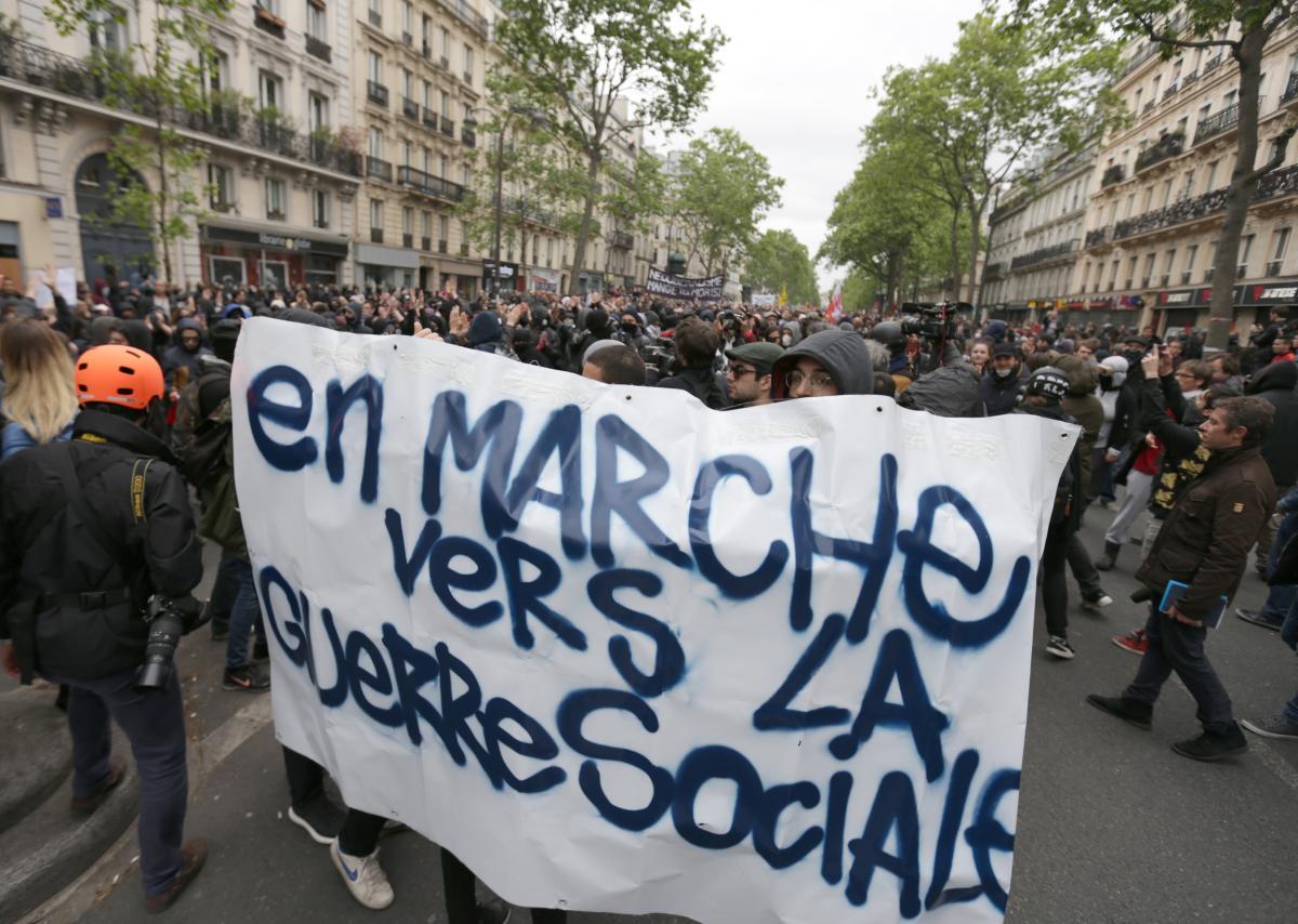 フランス大統領選が示した民主政治の変貌(下)