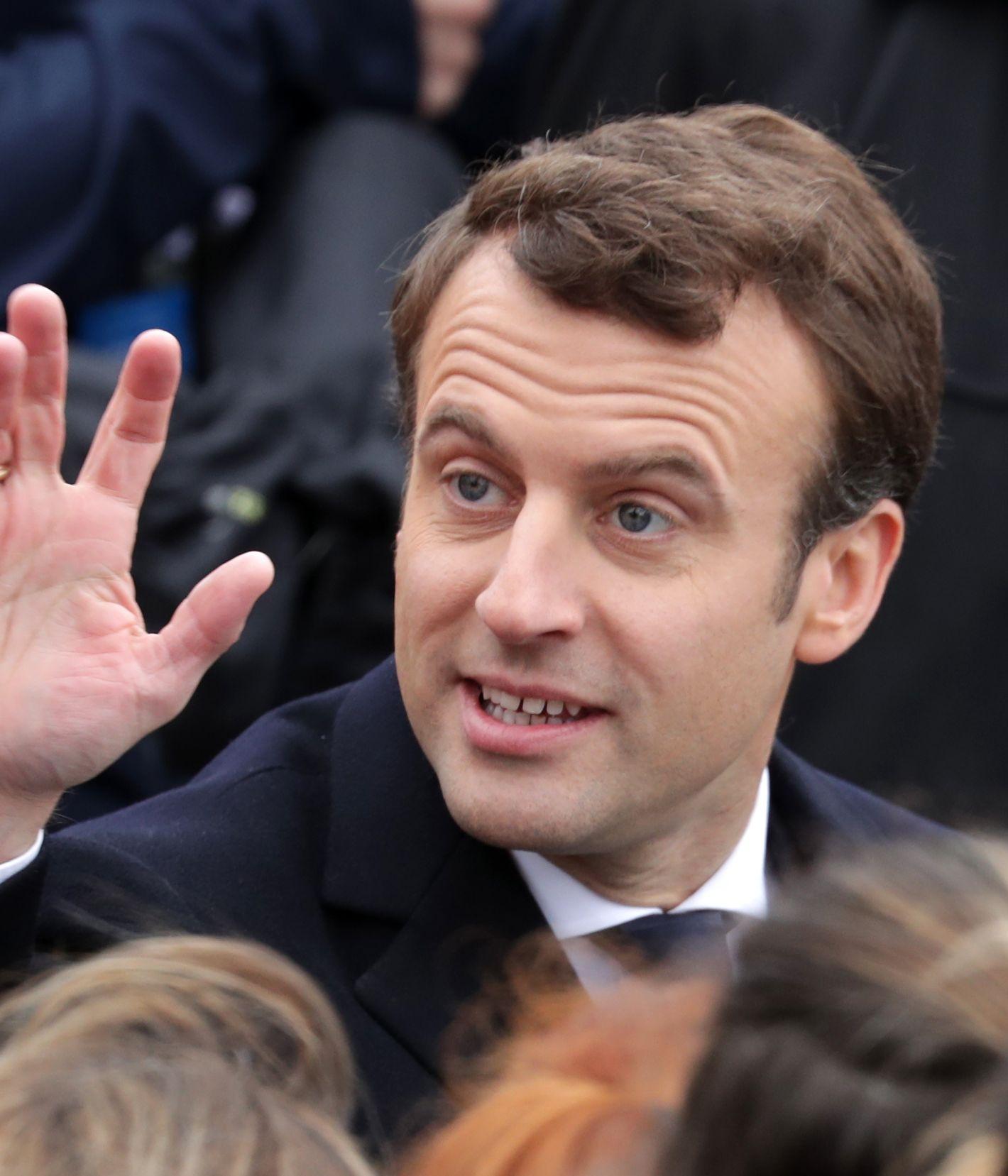 写真・図版 : マクロン仏大統領