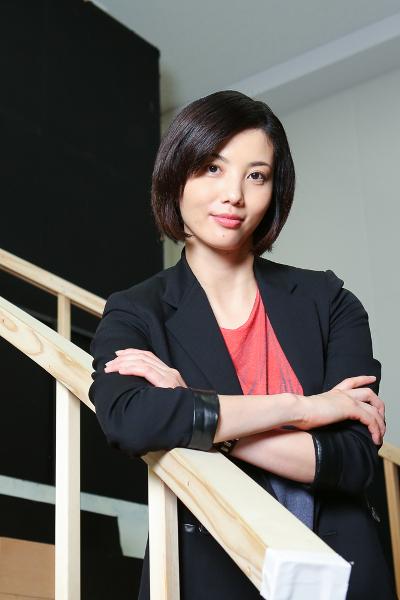 写真・図版 : 音楽劇『魔都夜曲』に出演する壮一帆=宮川舞子撮影