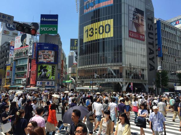 写真・図版 : 東京都内の通勤風景(撮影:吉永考宏)
