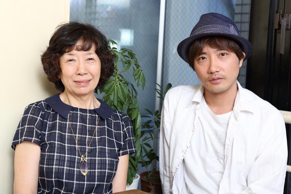 写真・図版 : 倉田淳(左)と山本芳樹=伊藤華織撮影